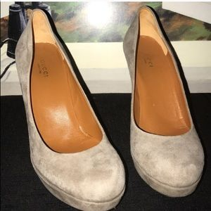 Gucci heels Size 9